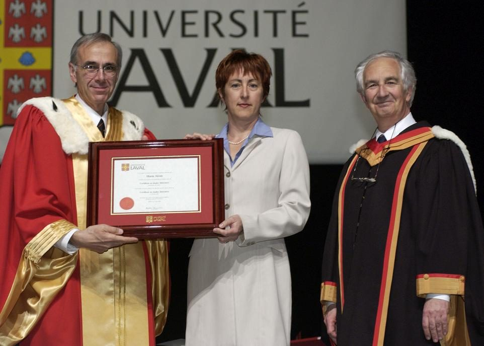 15 juin-2003-diplome-M-Sirois-petite-fille-credit-Marc-Robitaille